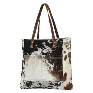 Myra Hairon Front Pocket Tote Bag - cowhide